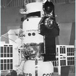 Venera-4 appears in this picture. The main spacecraft weighed 723 kilograms and carried a payload of 6 scientific instruments. The capsule seen at the bottom of the spacecraft weighed 383 kilograms and contained its own payload of instruments and parachute to slow descent.      Source: Practical Space 2004-11
