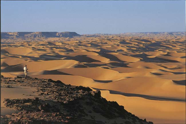 Approximately 8,000 years ago, this part of the Sahara Desert was a comfortable place for human settlement.
