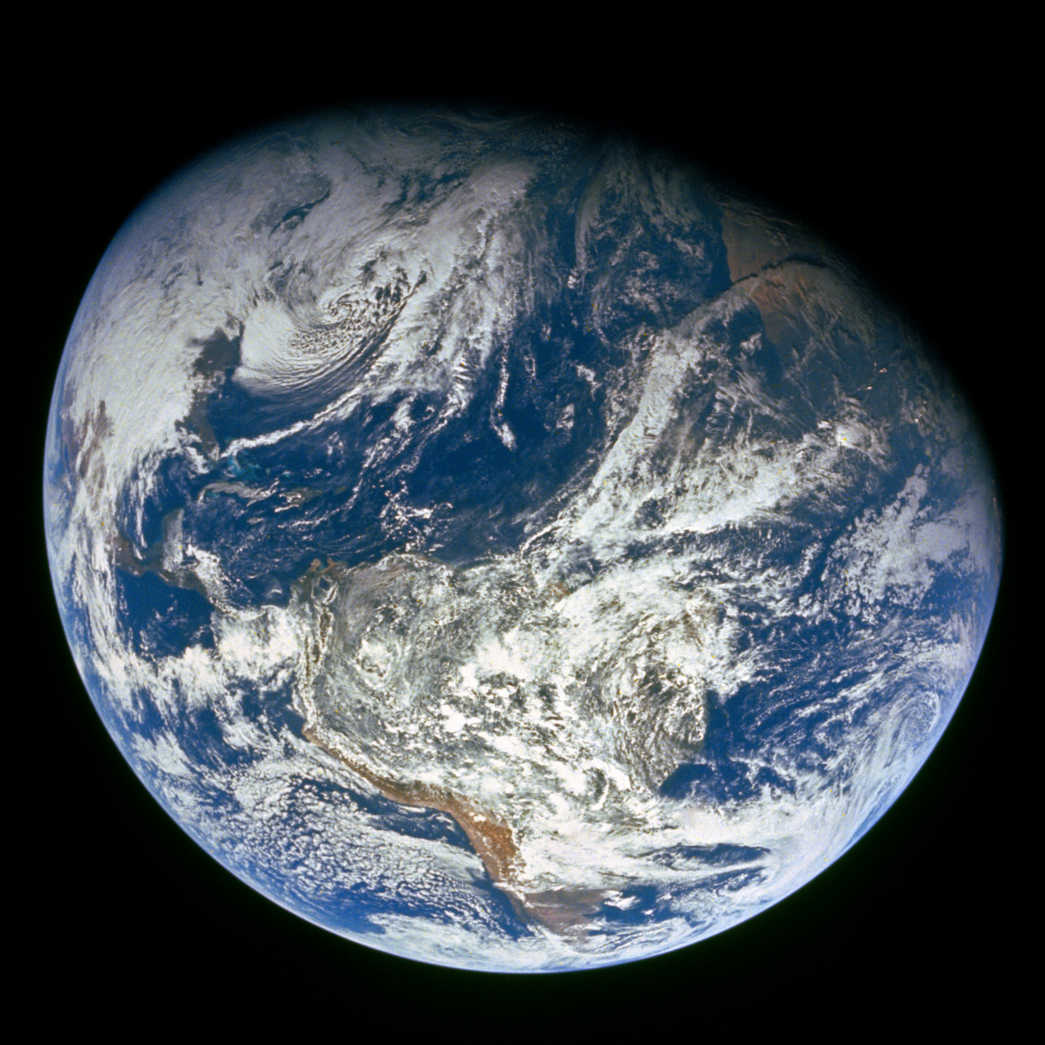 Apollo 8 image of Earth