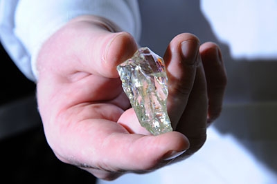 uranium_crystals_could_reveal_future_of_nuclear_fuel_7-jpg