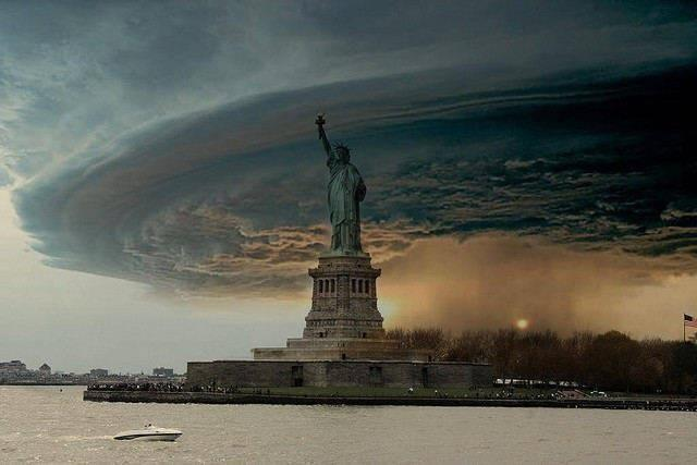 Hurricane Sandy New York Statue of Liberty