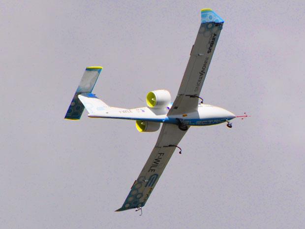 E-Fan electric aircraft