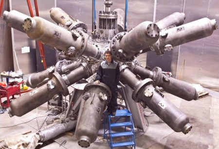 Magnetized Target Fusion Reactor